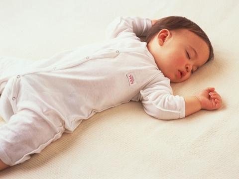bebe-dormindo-grande
